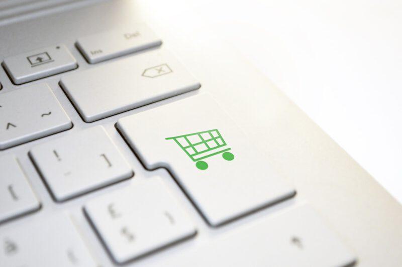 Zakupy online – co kupować w Internecie?